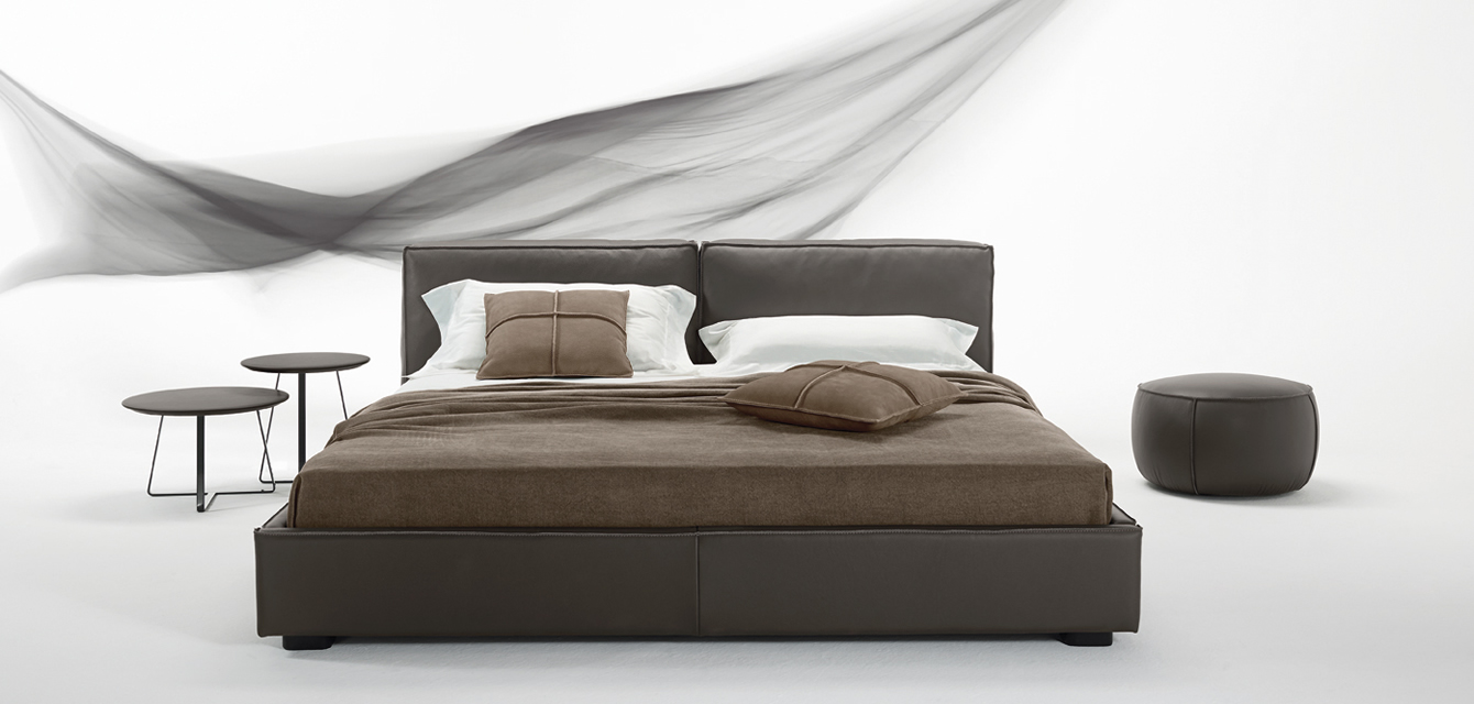 Gamma Bond Night Leather Bed