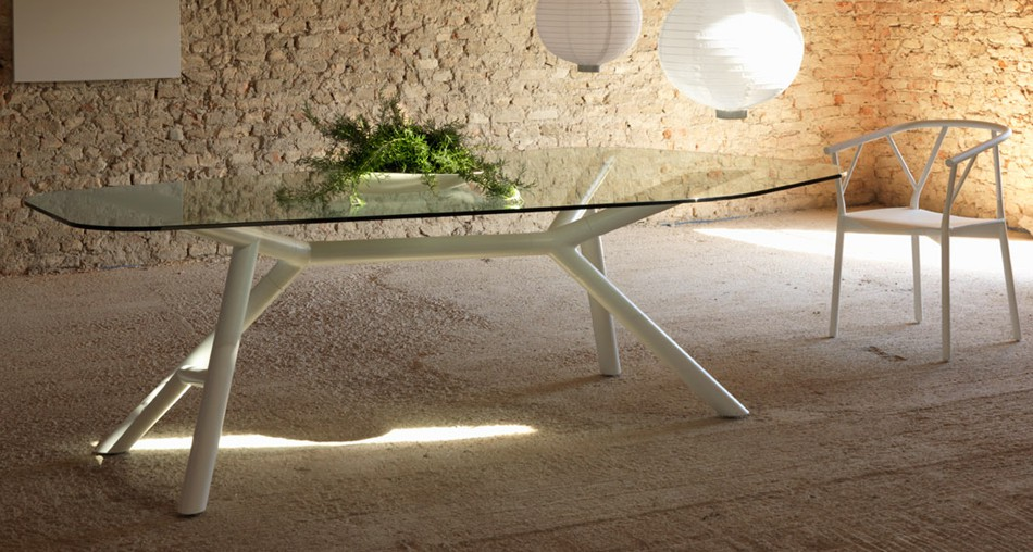 More details Otto Dining Table IL