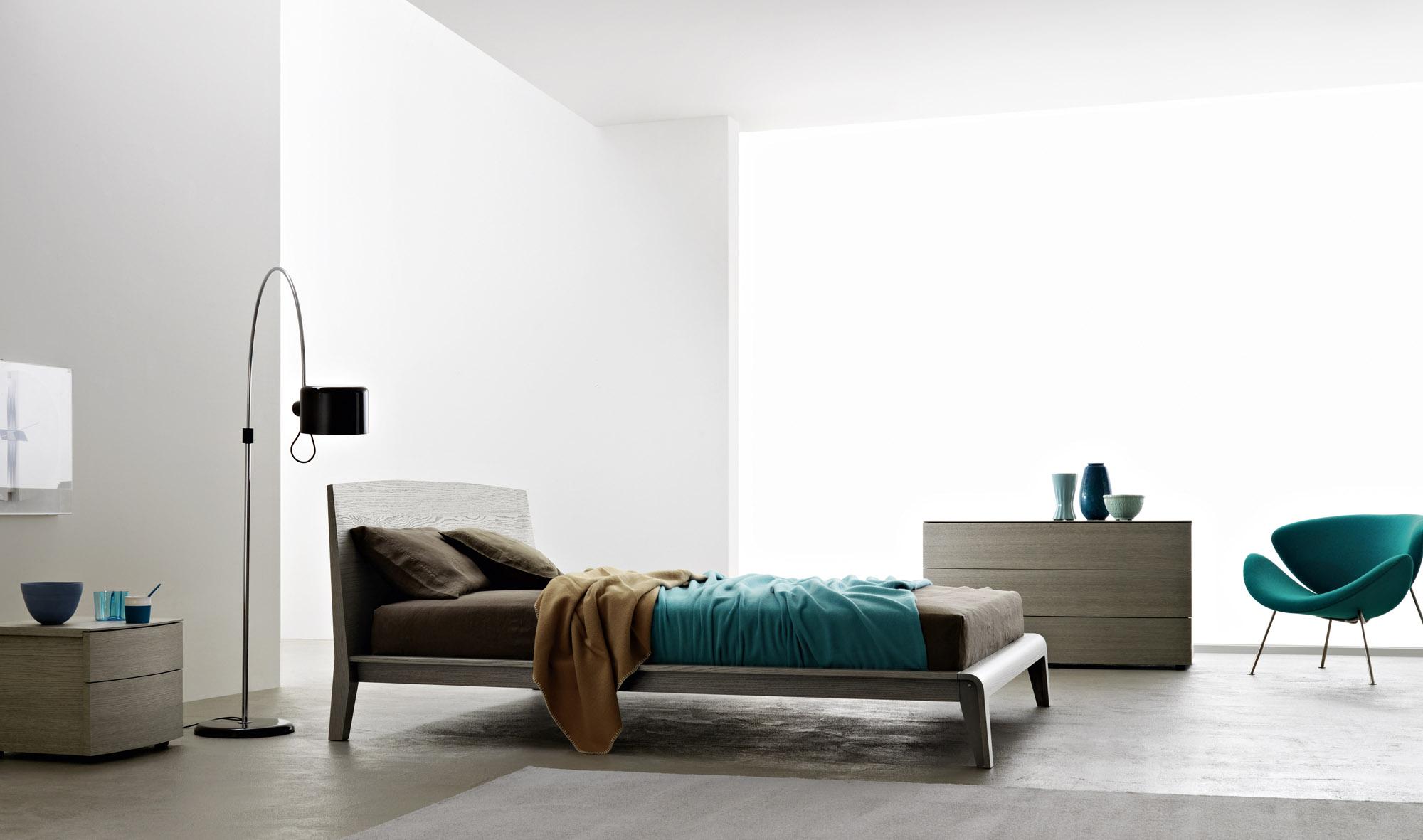 IL Decor Boston: Cloe Wooden Bed by Sangiacomo, Italy