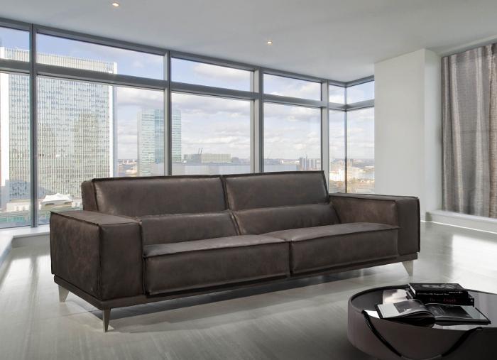Gamma Mokambo Sofa