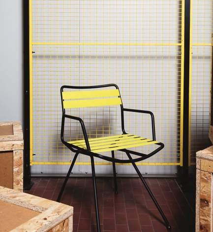 Dan 2073 - 2074 Chair, Zanotta