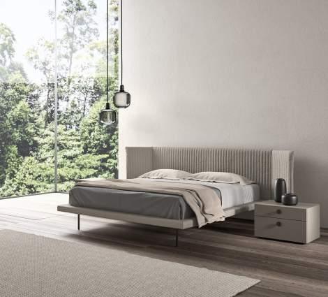 Izy Floating Bed, Presotto Italy