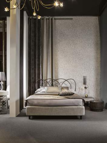 Helios Padded Bed, Cantori Italy