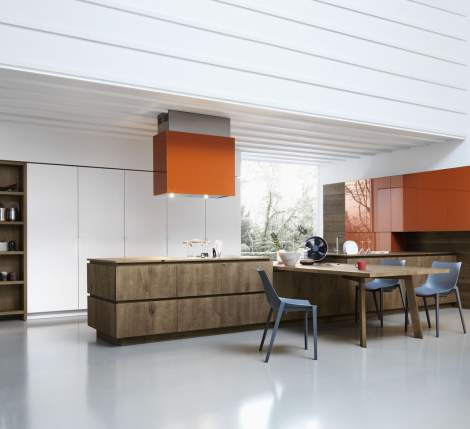 Cloe Vegetable Oil and Wax Finished Knotted Oak Silk-Effect White Laquer Kitchen Composition, Cesar Italy