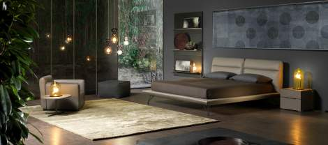 Crystal Bed, Cierre Italy