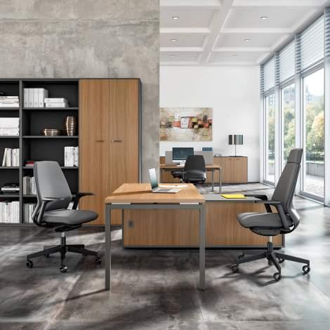 Idea+01 Office Desk, Quadrifoglio Italy