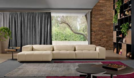 Karma Sectional, Cierre Italy
