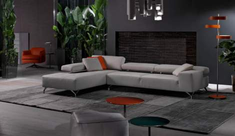 Miami Leather Sectional, Cierre Italy