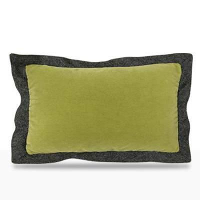 Mohair Moss Pillow, Dellarobbia