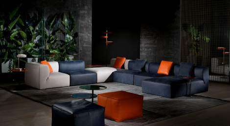 Play Leather Sectional, Cierre Italy