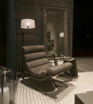 Monet Lounge Chair, Cierre Italy