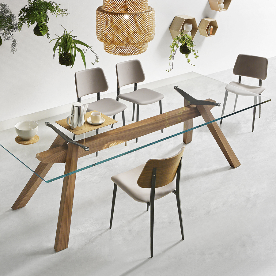 Zeus Dining Table